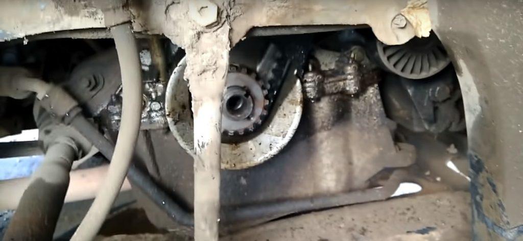 Замена ремня ГРМ Рено Логан с двигателем 1.6 и 1.4 литра